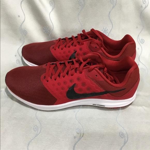 Nike men's Downshifter 7 running shoes NWT